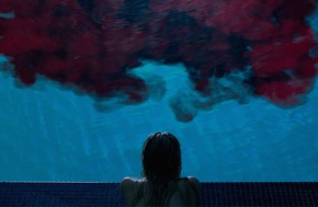 It-Follows_blood-pool